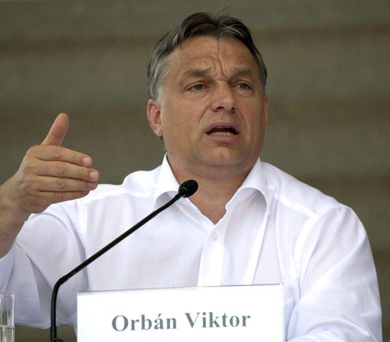 Orbán azt ígérte, lesz egyéni számlánk. Lesz is, bár nem olyan, mint amilyenre mindenki gondolt: hiába keresünk többet, nem lesz több nyugdíjunk. Marad a régi rendszer. Erről szóló cikkünket ezen a linken olvashatod.