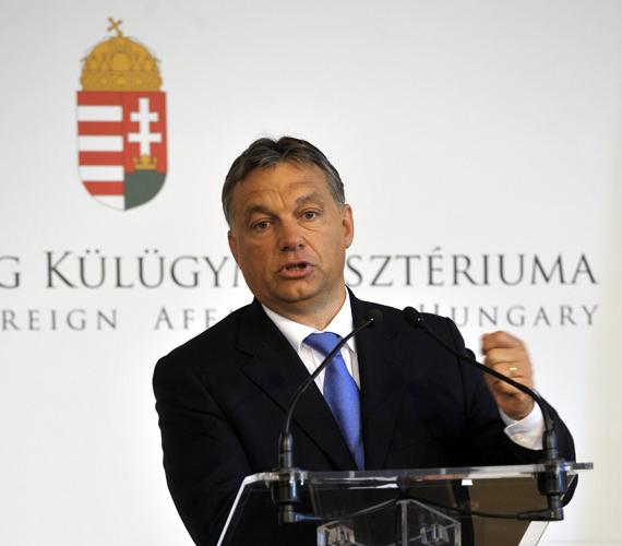 Orbán Viktor elismerte, szomszédaink jobbak a válságkezelésben.
