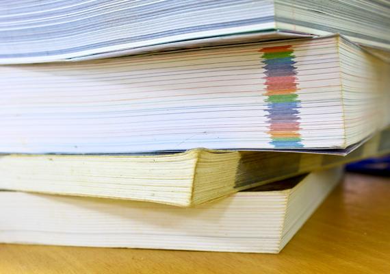 Szeptember 15-étől szállítja ki a Könyvtárellátó Nonprofit Kft. a pótlólagosan megrendelt tankönyveket az iskolákba.