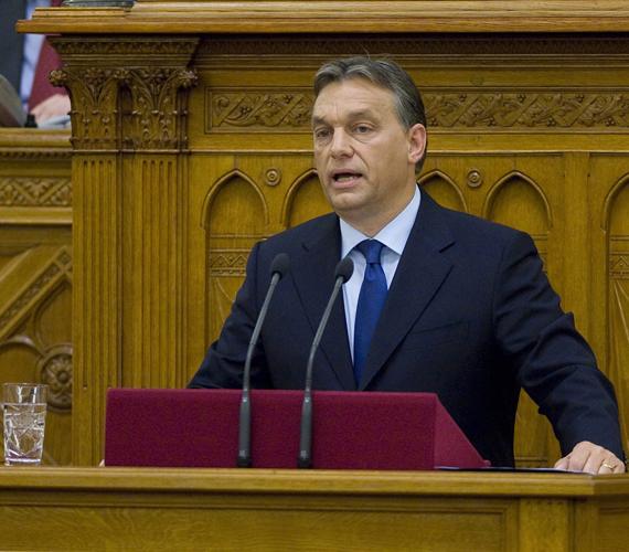 Orbán Viktor, a béremelések miniszterelnöke.
