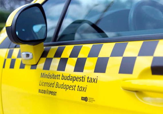 A Budapesti Közlekedési Központ szeptember 1. óta 40 taxi engedélyének a visszavonását kezdeményezte az új rendelet egyes pontjainak megsértése miatt.