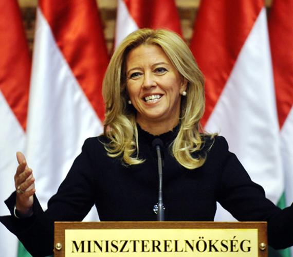 Majd a Fidesz mondja azt Selmeczi Gabriella útján, hogy a párt lezártnak tekinti az ügyet.