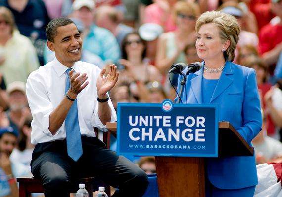 Férje leköszönése után Hillary úgy döntött, ő van soron, hogy bizonyítsa politikai értékeit. Bár az emberi jogok, azon belül is a nők egyenlősége és a gyermekvédelem mellett mindig teljes mellszélességgel kiállt, ennél többre vágyott. 2008-ban Barack Obama ellen indult az elnökválasztáson a demokraták színeiben.
