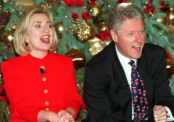 1992-ben választották meg Bill Clintont Amerika 42. elnökének, hivatali periódusa egészen 2001-ig tartott. Bár ez időszak nem volt éppenséggel zökkenőmentes, Hillary kitartott a férje mellett.