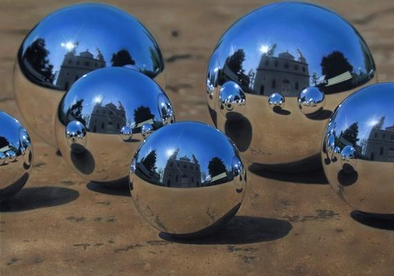 Tükörcseppek - Jason de Graaf, kanadai festő. Kattints ide a nagyobb felbontású képért! »