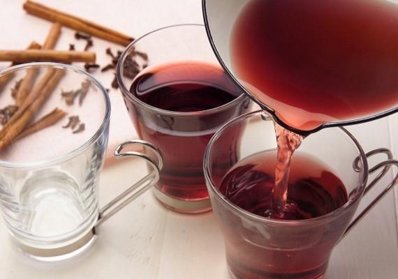 A forralt bor jól felmelegít a hideg időben, de ha rendszeresen fogyasztod, az alakodon is meglátszik majd.