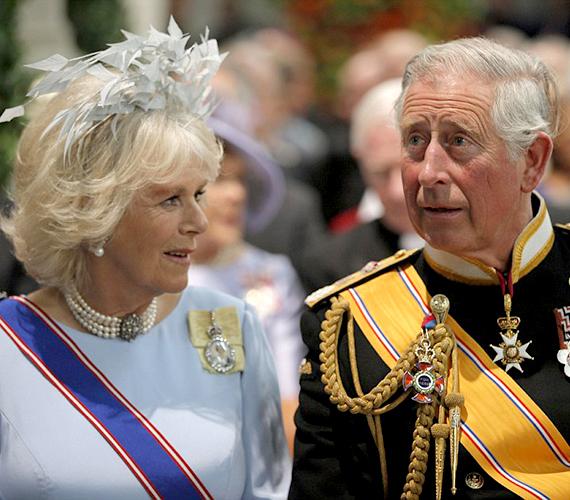 Camilla és Károly herceg is jelen volt az emlékezetes eseményen.