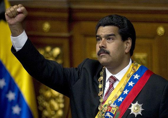 Bár a magyarországi politikai elit nagy része diplomás, főként jogász, közgazdász vagy társadalomtudós, nem minden országban van ez így. Venezuela elnöki posztját 2013-ban örökölte meg Nicolas Maduro, aki előbb buszsofőr volt, majd szakszervezeti vezető, később pedig Hugo Chavez kormányába is bekerült.