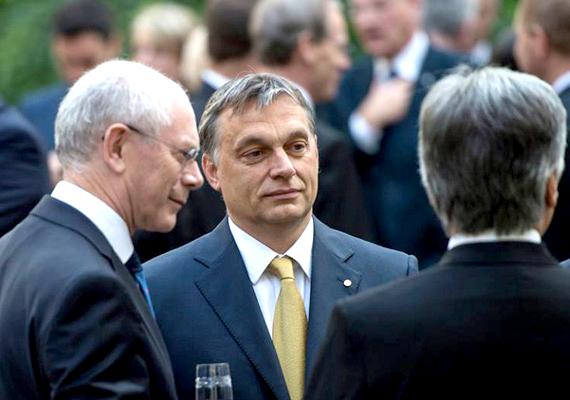 Orbán szerint egy ország soha nem tudja meg, hogy mely országok vonakodtak vagy éppen ellenezték a csatlakozást.