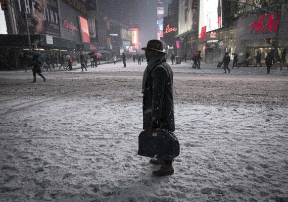 Gyalog a New York-i utcákon. Kedden ezt is meg lehetett tenni.