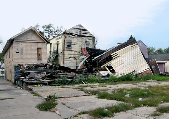A Katrina hurrikán 2005-ös pusztításában becsült adatok szerint nagyjából tízezer ember veszítette életét. New Orleans környékén a fertőzésveszély is sok emberéletét követelt, többek között a kolera is megjelent a térségben.