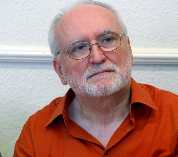 Blaskó Pétert, a Nemzeti Színház művészét Péter Apostol szerepében láthatod.