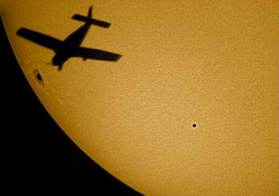 Bár annyira nem ritka, mint a Vénusz áthaladása a Nap előtt, 2016-ban érdemes lesz a Merkúr átvonulását is megnézned.