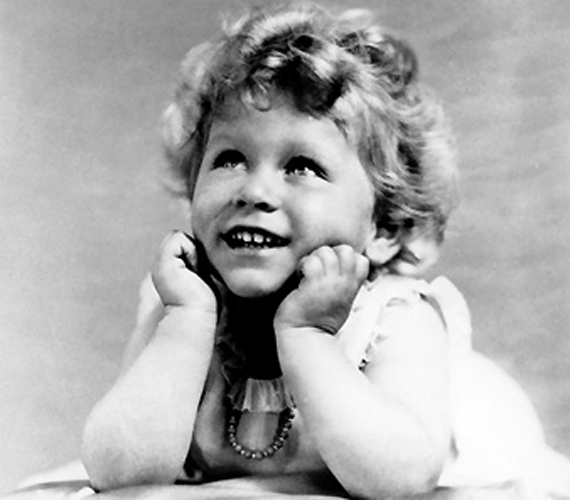 II. Erzsébet 1928-ban, kétévesen.