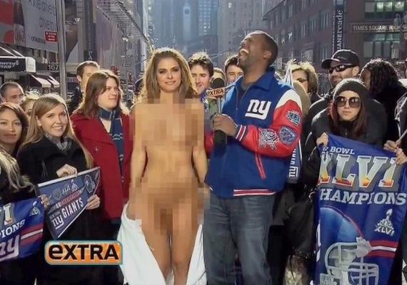 Egy bikinis nőről is meztelenséget sugall a cenzúra.