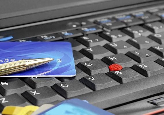 Számos veszélyt rejt magában az internetes vásárlás és a netbankon keresztüli fizetés is, így ezzel is légy óvatos, és mindennek olvass utána hiteles helyen, mielőtt belevágsz!