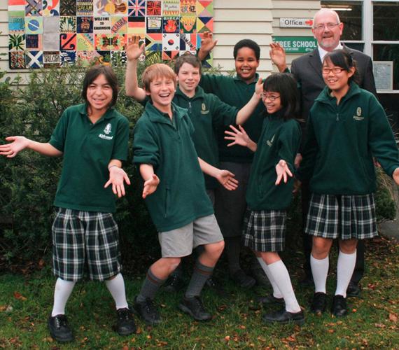 Egyenruha egy új-zélandi iskolában.