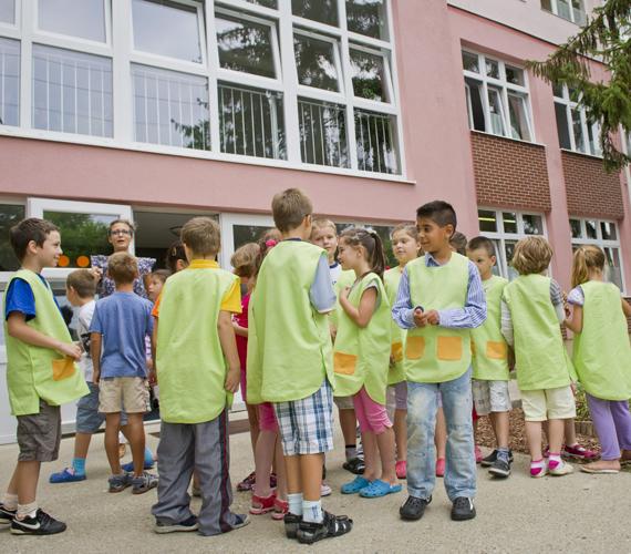A hódmezővásárhelyi Varga Tamás Általános Iskola másodikos tanulói.