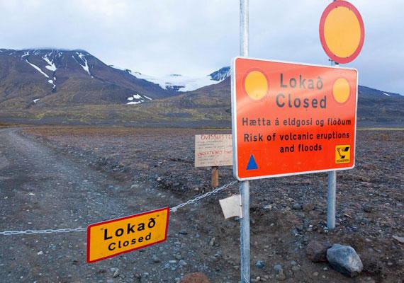 A gleccser környékét már múlt szerdán lezárták, így senki sem közelítheti meg a kitörés helyszínét. A környéket hétvégén több erős földrengés is megrázta, melyet a kitörés okozott.