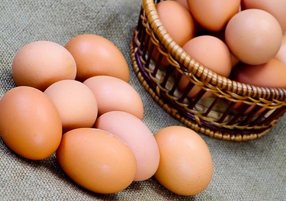 Ha tojást eszel januárban, mindig kanállal törd fel a héját, ezzel kizárod a rosszat, és utat engedsz a szerencsének.
