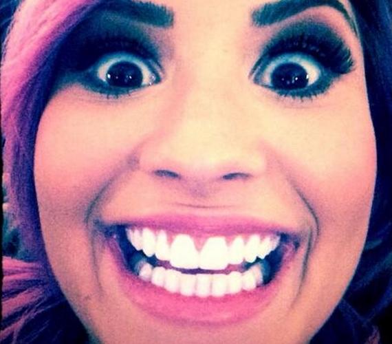 Demi Lovato is megosztotta már, ő hogyan ébred.