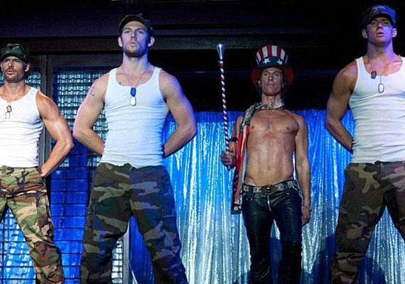 A Magic Mike-ban olyan szívtiprókkal vetkőzik együtt, mint Channing Tatum és Matthew McConaughey.