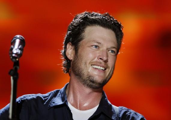 A második helyet a countryzenész Blake Shelton birtokolja.