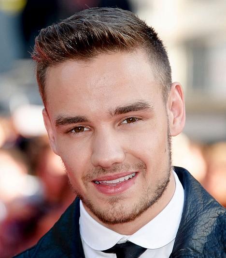 Liam Payne  A One Direction szépfiúja, Liam Payne1993. augusztus 29-én született. Zenekari társaival, Harry-vel, Zayn-nel, Niall-lel és Louis-zal a2010-es brit X-Faktor harmadik helyéig jutottak, és azóta töretlen a népszerűségük. Liam az a tag a bandában, akiért a legtöbb lány odavan.