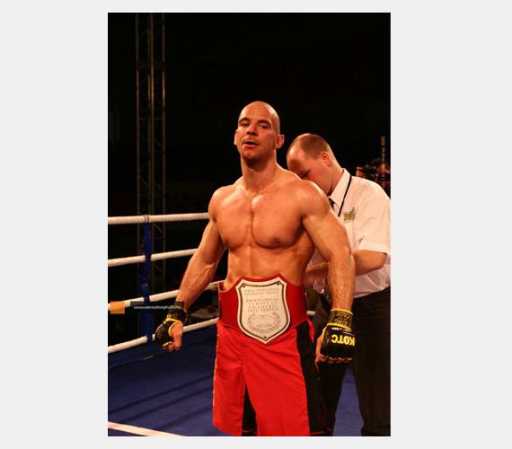 Sárközi Róbert, az egyik legkomplexebb magyar MMA-harcos.