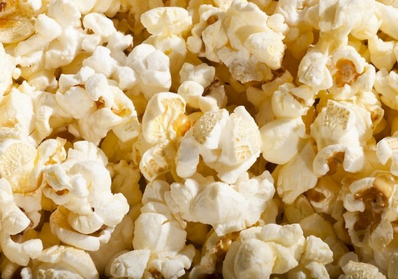 A sós nassok közül legjobban a pattogatott kukoricával jársz. Esti filmnézéshez vagy csak egy kis nappali rágcsáláshoz is megfelelő.