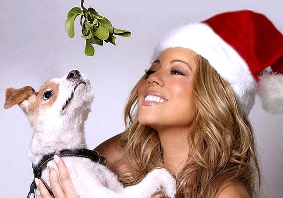 Gabi: - Egyik kedvencem Mariah Carey-től az All I Want for Christmas Is You. Még mindig nem sikerült megunnom.