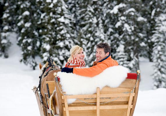 Norvégiában szokás, hogy karácsonykor a friss hóban lovas szánon utazik a család.