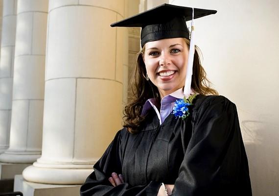 Ne húzd az időt! Ha a szükségesnél több időt töltesz az iskolával, értékes éveket veszítesz, és a diplomahalmozás nem biztos, hogy előrébb visz.
