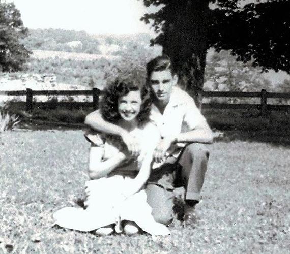 Schwendeman elárulta, hogy a nagyszülei fiatalon házasodtak össze, és bár a nők mindig is körülzsongták a nagypapát, számára csak a felesége létezett.