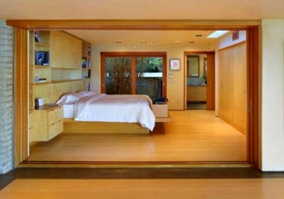 A hálószobában nagy szerepet kap a natúr fa.