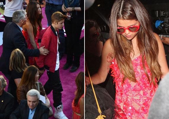 Justinnal együtt természetesen Selena is megjelent, és mindketten pirosba öltöztek.