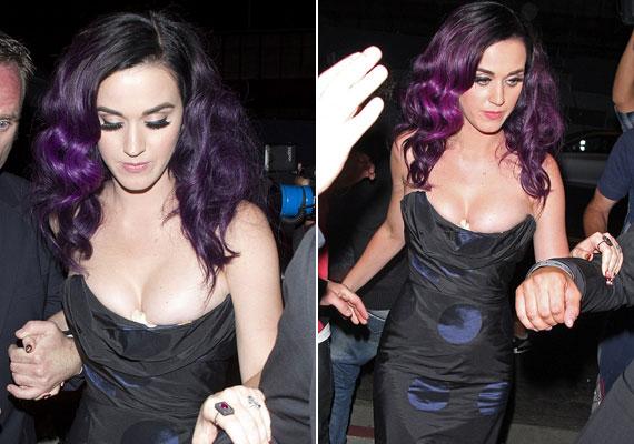 Katy Perry szívesen mutatja meg a dekoltázsát, de ezúttal mintha kicsit túl messzire ment volna.