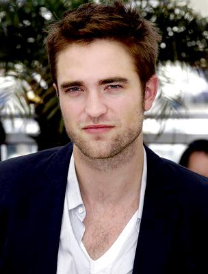 Kristen Stewart és Rob Pattinson randevú