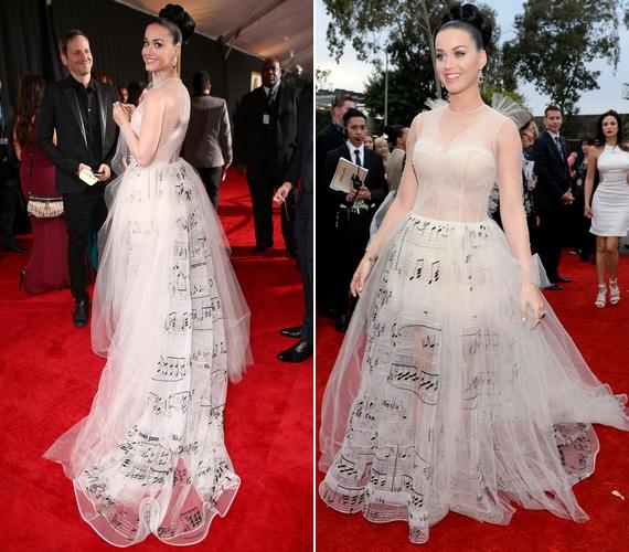 Az énekesnő a 2014-es Grammy-gálán többször is átöltözött, ám a hangjegymintás Valentino ruha nem volt a legjobb választás.