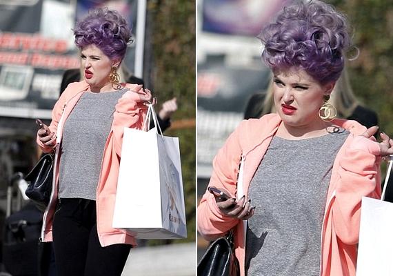 Kelly Osbourne új frizurája nem egy átlagos hajköltemény - tőle nem meglepő módon.