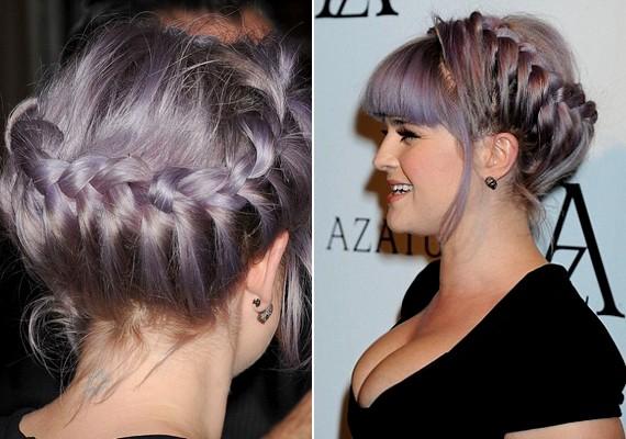 Kelly haja jelenleg lilás árnyalatú - a bemutatóra egy romantikus koszorúfonatot választott.
