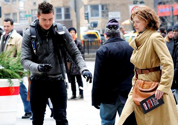 A Szilveszter éjjel főszerepében Robert De Niro-t, Ashton Kutcher-t és Michelle Pfeiffer-t láthatod. A romantikus film december 8-án kerül a mozikba.