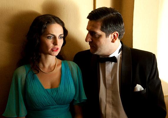 Szerelmi háromszögre vágysz? Október 20-ától nézheted meg a Kaland című filmet Marozsán Erika és Csányi Sándor és Gerd Böckmann főszereplésével.