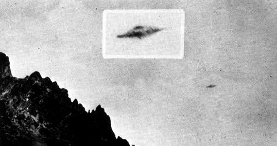 A Trindade-szigeten készült UFO-fotót 1958. január 16-án készítette egy csapat tudós. Bár sokan tartják hamisítványnak, a mai napig nem tudni, mi lehetett a titokzatos tárgy.