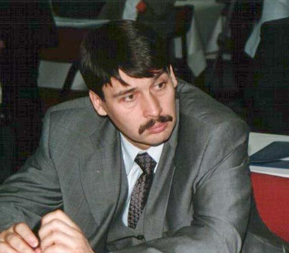 Áder János 12 évvel ezelőtt.