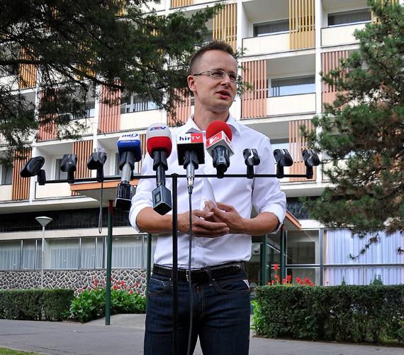 Giró-Szász András az új kormányszóvivő - jelentette be Szijjártó Péter, a miniszterelnök szóvivője csütörtökön Hajdúszoboszlón.