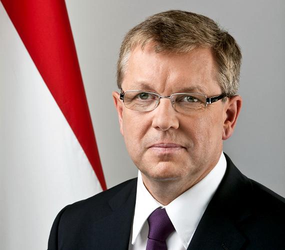 A hét főszereplője Matolcsy és az ő gazdaságpolitikája volt. Kiderült, át kell írni a terveket, a növekedés kisebb, mint várták.