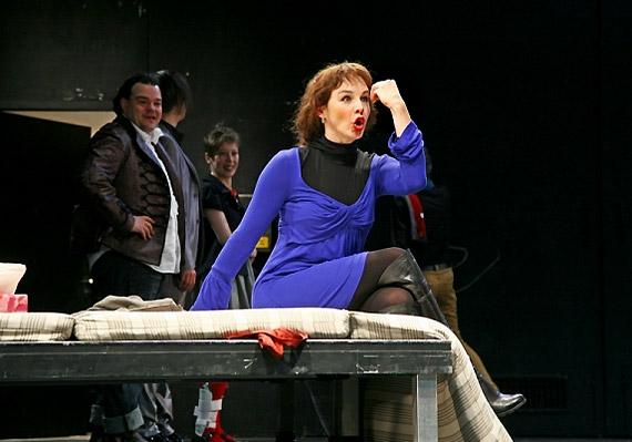 A Mizantróp-ot a fővárosi Katona József Színház előadásában láthatod. Molière művét június 17-én játsszák két alkalommal.