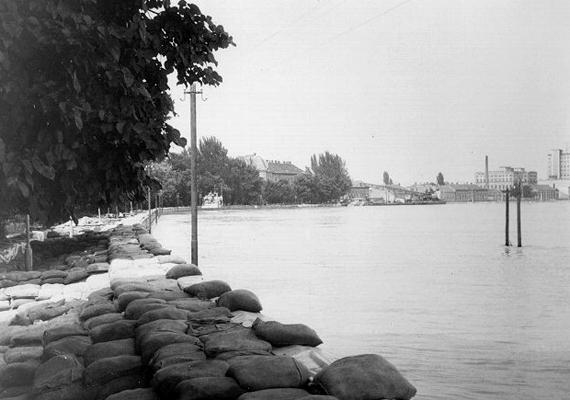 1970-ben a Tisza a nagy 1879-es szegedi árvízénél is nagyobb vízszinttel áradt ki.