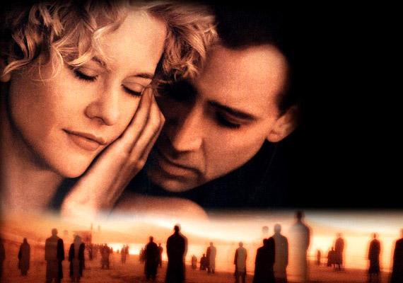 Ha a '90-es évek romatikus filmjeiről van szó, talán neked is Meg Ryan neve ugrik be. Az 1998-as Angyalok városában Nicolas Cage-el való tragikus szerelmét könnyezhetted meg.